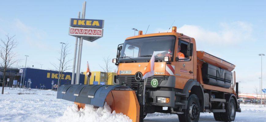 HEG Schneepflug-LKW